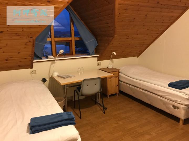sktustadir-guesthouse_37837137134_o