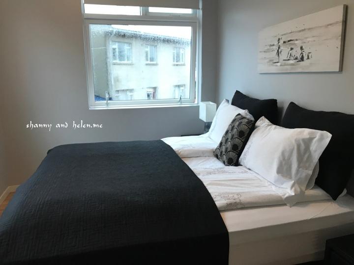 blue-luxury-apartment_26288221338_o