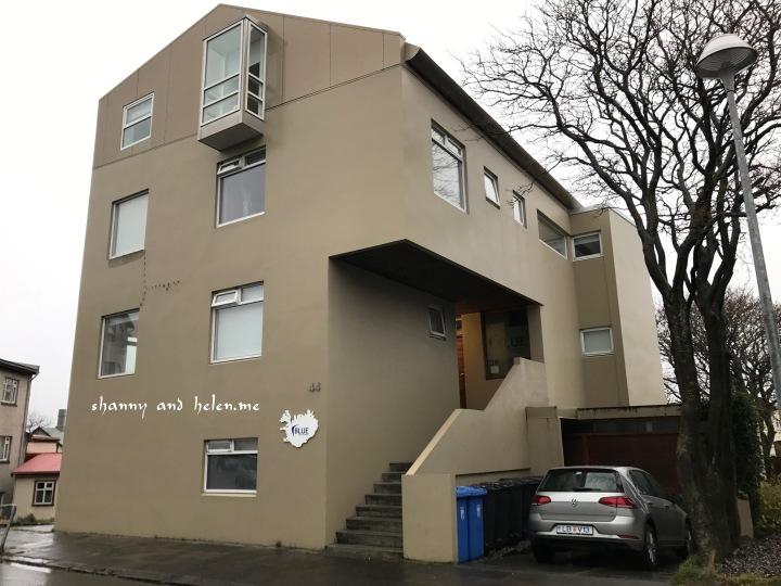 blue-luxury-apartment_39262474535_o